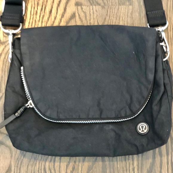 1839a4fe4dc0 lululemon athletica Handbags - LULULEMON BLACK FESTIVAL CROSSBODY